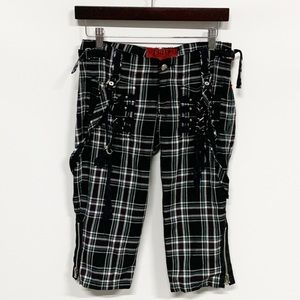 Tripp NYC | Black Plaid 90s Grunge Capri Shorts